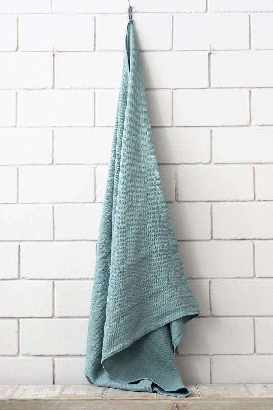 Linen bath towel
